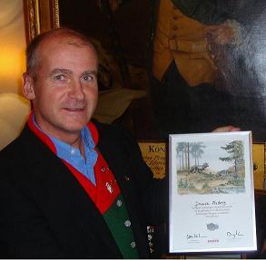Jonnie Friberg dekorerades med en Silverkvist och medföljande diplom.